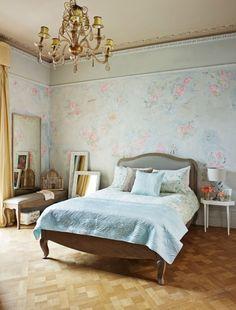 Opt for smart wooden bedroom flooring - shabby chic decorating, bedroom ideas, vintage bedroom