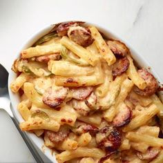 Love my mac and cheese...this one sounds like hot stuff.....Cajun Mac and Cheese Recipe - Woman's Day
