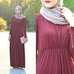 red maxi dress leena asad, Fall stylish hijab street looks http://www.justtrendygirls.com/fall-stylish-hijab-street-looks/
