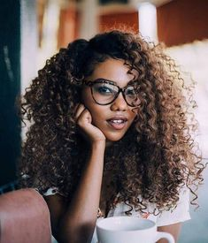 50 Brilliant Haircuts For Curly Hair That Will Keep You Sane and Sexy -Chopped And Corkscrewed Multi-Length Curl Cut Curly Hair Types, Curly Hair With Bangs, Haircuts For Curly Hair, Short Curly Hair, Afro Hairstyles, Big Hair, Hairstyles With Bangs, Spring Hairstyles, Hairstyle Ideas