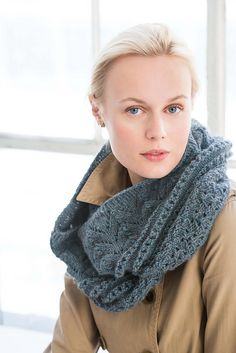 The 280-stitch cast-on notwithstanding, this beautifully textured infinity cowl…
