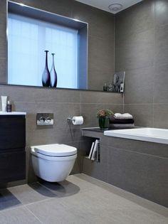 Modern bathroom - clean and simple
