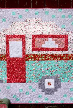 Create an easy retro camper pixel quilt with this free pattern from Flamingo Toes featuring the new Vintage Adventure fabric collection! - I Love Crafting Potholder Patterns, Quilt Patterns Free, Free Pattern, Retro Campers, Quilting Projects, Quilting Tools, Quilting Ideas, Sewing Projects, Quilting For Beginners