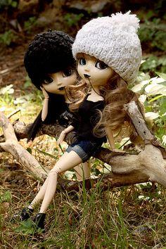 I like dolls as twins