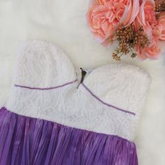 •Purple & White Flowy Sweetheart Strapless Dress• Sabo Skirt is a great brand to add to any closet. Worn 1x.   →Size: AUS 6, which converts to a US Small →Color/Design: Sweetheart Strapless Dress, white top, purple bottom →The top is super stretchy with a zipper along the back.  →No trades(comments will politely be ignored). →10% off 2+ items  Sabo Skirt Dresses Strapless