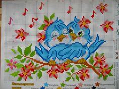 Patterns of embroidery of birds with children 0 Cross Stitch Love, Cross Stitch Animals, Modern Cross Stitch, Cross Stitch Flowers, Cross Stitch Charts, Cross Stitch Designs, Cross Stitch Patterns, Cross Stitching, Cross Stitch Embroidery