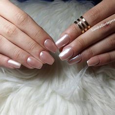 pearly nude gel nails
