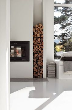 Fireplace Firewood Storage Idea In Outdoor 38 What Does An Air Purifier Do? Log Store Indoor, Indoor Firewood Rack, Wood Store, Log Burner, Piece A Vivre, Storage Design, Storage Ideas, Home Deco, Sweet Home