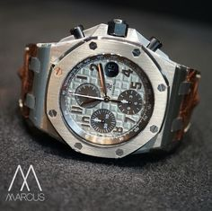 Audemars Piguet Safari 42 mm case Royal Oak Offshore. How often do you see one of these?