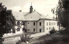 Hermann Ottó Múzeum | Képeslapok | Hungaricana Roots, Mansions, House Styles, Decor, Decoration, Manor Houses, Villas, Mansion, Decorating