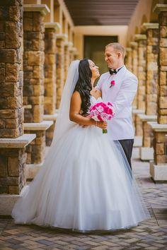 south florida wedding photographer | wedding photography at heron bay clubhouse in plaza del lago | cinderella alfred angelo dress  moriahcudaphotography.com