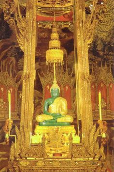 Emerald Buddha at the Grand Palace, Bangkok