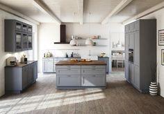 Cuisine gris clair : nos inspirations Joli Place Bathroom Interior Design, Interior Design Living Room, Living Room Decor, Küchen Design, House Design, Design Trends, Home Kitchens, Home Goods, Kitchen Decor