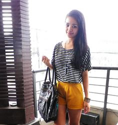 I'm Feeling Yellowish in Stripes | Hello There, Jade