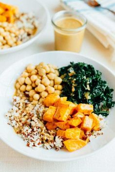 AMAZING Brown Rice Bowl with kale sweet potatoes chickpeas and a creamy peanut sauce. Vegan gluten-free 18 grams of protein and 20 grams of fiber! Vegetarian Rice Bowl Recipe, Veggie Rice Bowl, Vegan Dinner Recipes, Rice Bowls, Diet Recipes, Vegetarian Recipes, Healthy Recipes, Easy Recipes, Vegan Meals