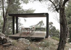 Philipp Bretschneider's garden pavilion frames sea views