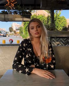 grafika alissa violet, girl, and blonde Alissa Violet Style, Alissa Violet Outfit, Allisa Violet, Violet Tattoo, Most Beautiful Faces, Instagram Models, Insta Models, Girl Crushes, Role Models