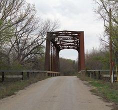 Texas Destinations: Historic Clairette Bridge...see what else I found!  Read More...