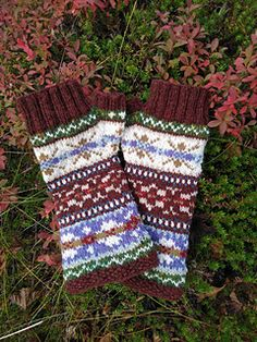 Ravelry: annkah's Skerries mittens Fingerless Gloves, Arm Warmers, Mittens, Ravelry, Projects, Blue Prints, Cuffs, Fingerless Mitts, Fingerless Mittens