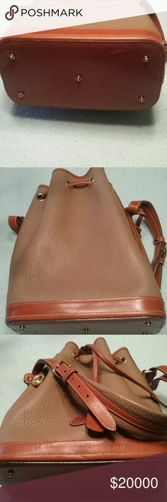 Additional pictues Additional pictures Dooney & Bourke Bags Shoulder Bags