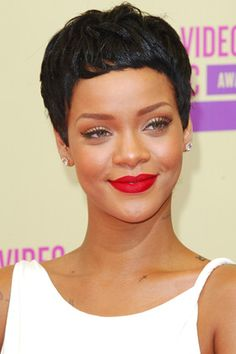 Loving Rihanna's pixie cut