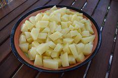 ΜΑΓΕΙΡΙΚΗ ΚΑΙ ΣΥΝΤΑΓΕΣ: Καταπληκτική - χορταστική Ισπανική ομελέτα !!! Egg Dish, Honeydew, Pineapple, Cooking Recipes, Eggs, Dishes, Fruit, Food, Projects
