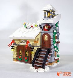Winter Village Fire Station | crayonbricks | Flickr Lego Christmas Sets, Lego Christmas Village, Lego Winter Village, Lego Projects, Legos, Gingerbread, Geek Stuff, Fire, Baking