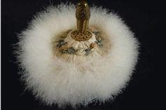 Antik Puderpuff - La Reine Inredningar My Dream Home, Dandelion, Vintage Fashion, Antiques, Flowers, Inspiration, Beauty, Design, Google