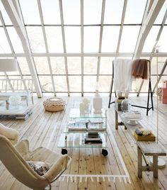 Here is inspiration for white loft interior design. If you love large space room than minimalist, this white loft interior might be helpful for you to get inspi