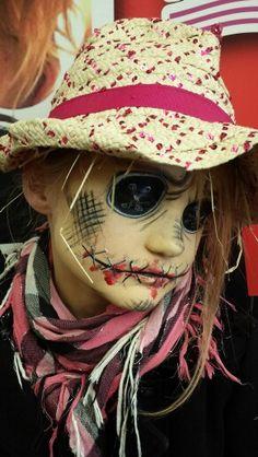 Kirpi # make-up # bunt How To Sharpen Lawn Mower Blades Is yo Scarecrow Halloween Makeup, Halloween Costumes Scarecrow, Halloween Rocks, Halloween Cosplay, Halloween Make Up, Scary Halloween, Halloween Face Makeup, Halloween 2018, Facial