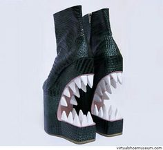 Extreme boots - mouth with large teeth