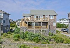 Sign of the Seahorse - Hatteras Realty -  Avon Ocean front.  King.  Saturday Check-in.  Has boardwalk between house and dune. Avon Surf looks better.