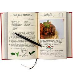 Suck UK My Family Recipe Book and Cooking Journal - Blank for Storing / Recording Your Own Recipes My Family, Family Meals, Blank Cookbook, Online Cookbook, Make Your Own Cookbook, Family Recipe Book, Fill In Recipe Book, Cuisines Diy, Food Journal