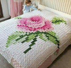 Luty Artes Crochet: colchas e mantas Pixel Crochet, Crochet Quilt, Manta Crochet, Crochet Squares, Crochet Home, Crochet Granny, Crochet Baby, Knit Crochet, Crochet Bedspread