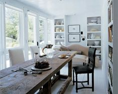 dining-rooms-cream-dark-wood-natural-white-art-decoration-dining-chairs-dining-tables