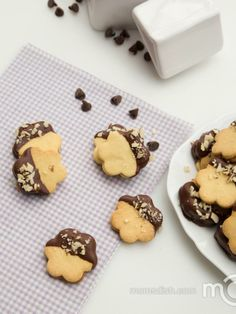 Oh my, it's almost like eating cookies with caramel just 100X better!!!