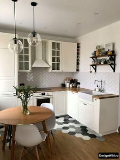 30 Nifty Small Kitchen Design and Decor Ideas to Transform Your Cooking Space - The Trending House Studio Kitchen, Home Decor Kitchen, Home Kitchens, Diy Kitchen, Kitchen Cabinets, Modern Kitchen Design, Interior Design Kitchen, Tropical Kitchen, Scandinavian Kitchen
