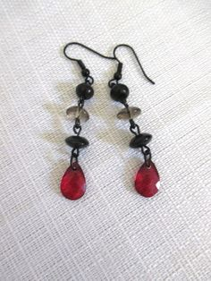 Black and Red Goth Beaded Dangle Earrings by DeadPoetAccessories