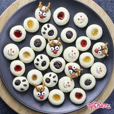 Thumbprint Cookies are a festive treat that melts in your mouth with irresistible shortbread flavors. This recipe has 5 cute variations with no chilling required: traditional jam thumbprint cookies, holiday, reindeer, bear paw and snowman designs. Christmas Desserts, Christmas Treats, Holiday Treats, Holiday Recipes, Holiday Gifts, Christmas Recipes, Holiday Foods, Christmas Centerpieces, Christmas Candy