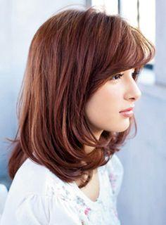 外ハネ、内巻きのミックスでミディアムに軽さを注入   髪型 ヘアスタイル   with online on ウーマンエキサイト