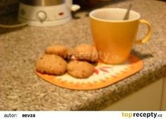 Škvarkové placky mé babičky recept - TopRecepty.cz Cookies, Desserts, Food, Tailgate Desserts, Biscuits, Deserts, Essen, Dessert, Cookie Recipes