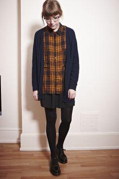 http://www.fashionyourseatbelts.net/2013/09/three-ways-to-wear-grungey-plaid-trend.html