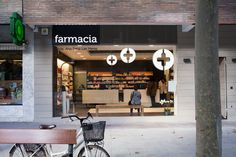 Farmacia Vitoria, Ana Sanz - Enrique Polo Estudio