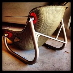 Tillett Carbon Kevlar seat with custom titanium seat frame for a vintage Lotus.Could also be a cool idea other types of furniture Car Furniture, Metal Furniture, Furniture Design, Bomber Seats, Kart Cross, Banquettes, Metal Fabrication, Go Kart, Aluminium