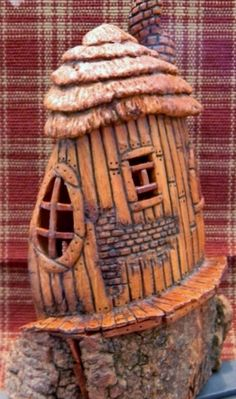 Cottonwood Bark - backside of thatched roof house - carved by Norm Minske