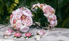 Custom made wedding set, made special according customers request. This set is already sold, but if you would like to have a wedding set specially made for you, write me a message :) Bridal Bouquet, Flower Crown and Boutonnières All the items in my shop are customizable according