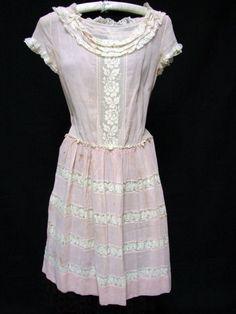 1920s Vintage GIRL'S TEEN PINK COTTON GAUZE FILET LACE DRESS
