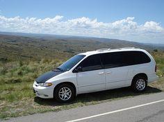 Chrysler Voyager 24I Chrysler Voyager, Classic Cars, Van, Vehicles, Vintage Classic Cars, Car, Vans, Classic Trucks, Vehicle