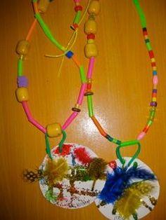 indianenketting ontwerpen met rietjes
