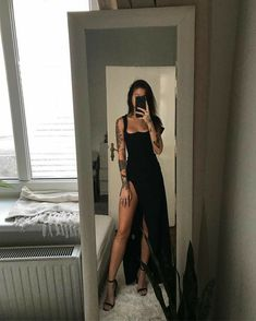 ʙ я ᴜ и ᴇ ᴛ ᴛ ᴇ Pretty Dresses, Beautiful Dresses, Pretty Outfits, Mode Outfits, Fashion Outfits, Fashion Clothes, Fashion Ideas, Fashion Jobs, Woman Outfits